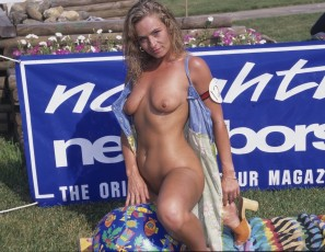 content/022116_august_1997_festival_photos_from_nudes_a_poppin/4.jpg