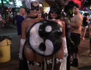 content/031617_fantasy_fest_2016_street_footage_of_hot_girls_naked_on_the_streets_of_key_west_florida/2.jpg
