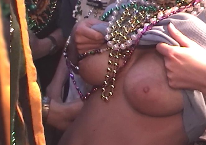 content/061616_some_girls_flashing_in_this_mardi_gras_new_orleans_home_video/0.jpg