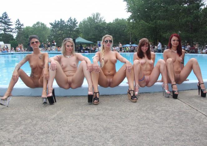 nude-groupie-pussy