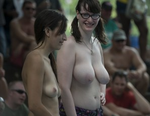 content/111915_clear_4k_video_and_high_res_photos_shot_at_saturday_2015_nudes_a_poppin_last_month_by_cojones_and_madman_part_5_of_5/4.jpg